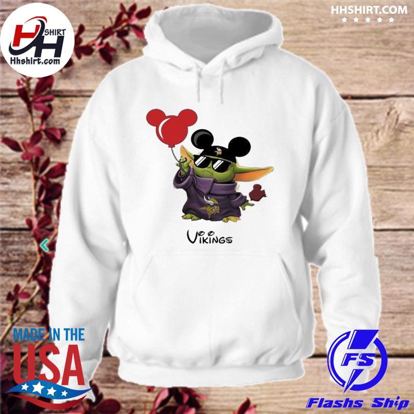 Minnesota Vikings Baby Yoda Vacay In Disneyland Fan T Shirt hoodie